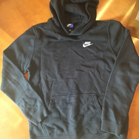 Nike boys XL black hoodie sweatshirt